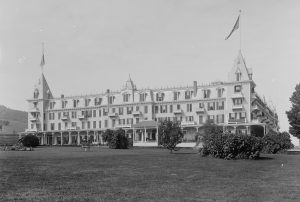 This 1901 view of the Maplewood shows the grandeur of the hotel. This was one of several buildings on the property. Courtesy of the Library of Congress.