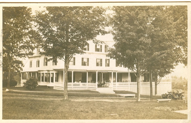 In 1888, a cottage was added to the Mt. Washington House. The main building was built in 1872 by C. L. Bartlett. Courtesy of the Bethlehem Heritage Society.